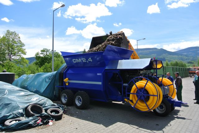 Kompostovací stroj CM 2,4